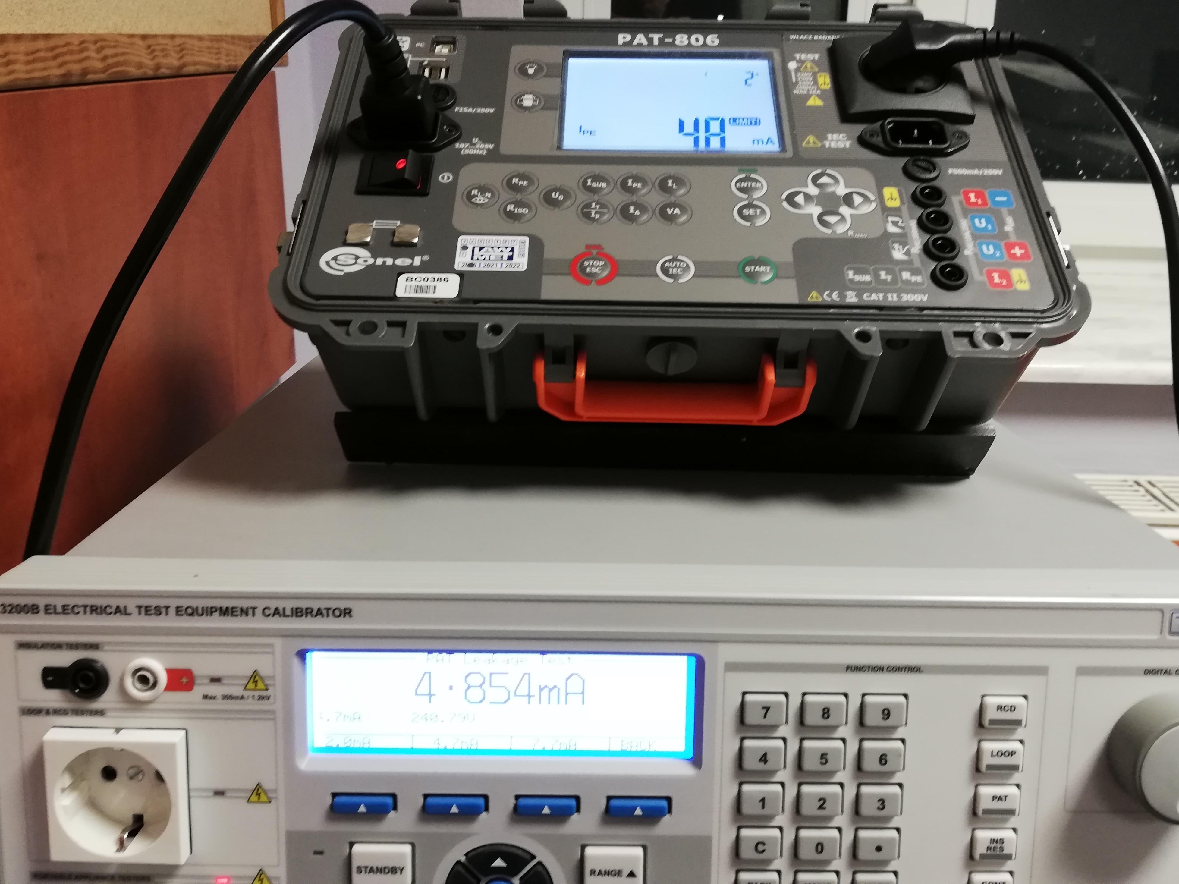 Wzorcowanie / kalibracja mierników bezpieczeństwa sprzętu elektrycznego